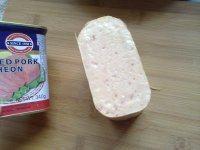 午餐肉三明治的做法步骤2