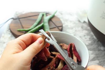 红菇老鸭汤做法步骤14