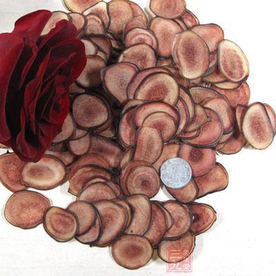 鹿茸扒猴头蘑主要使用鹿茸片磨成的粉