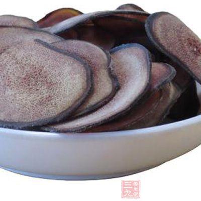 人参鹿茸鸡肉汤是女性食用鹿茸片的方法之一